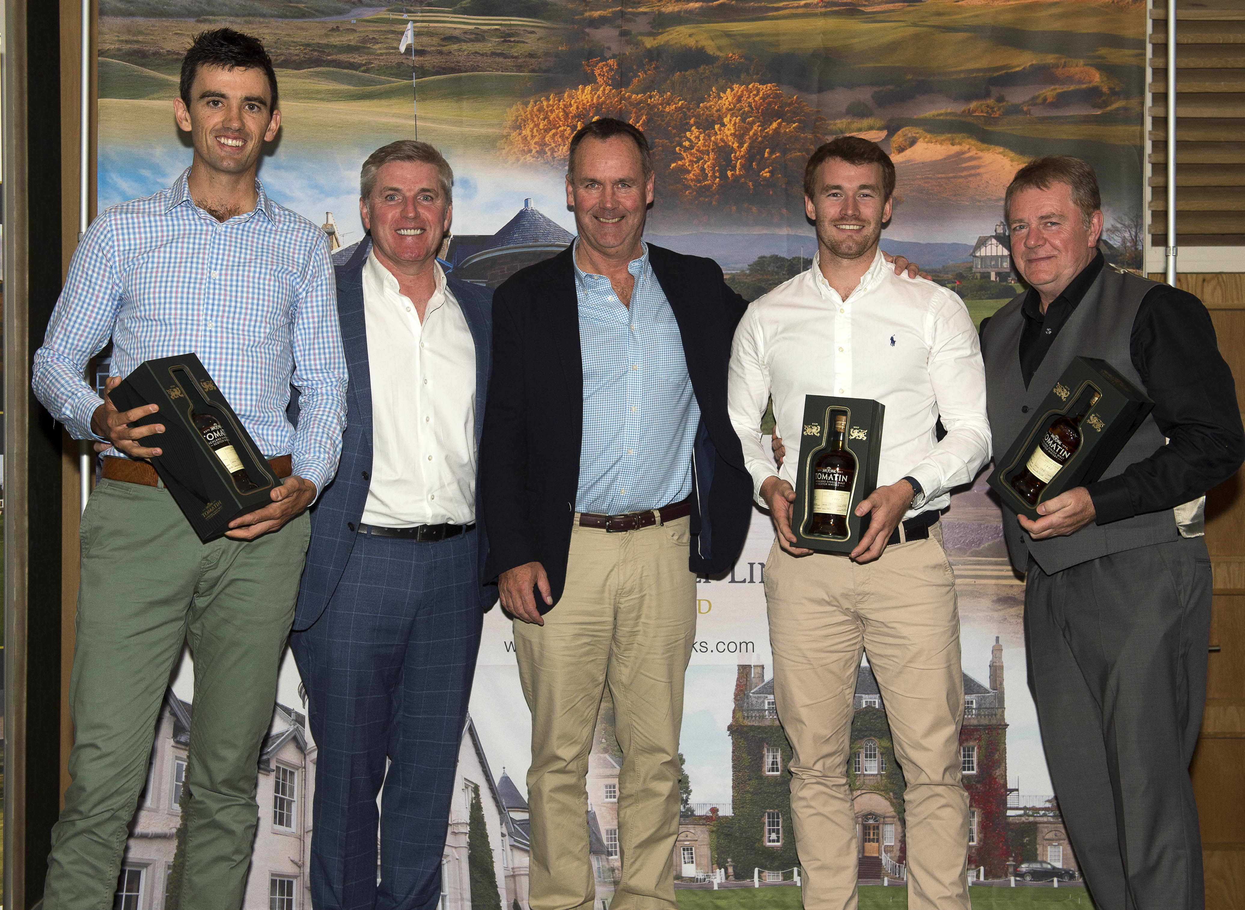 Team winners Glasgow Whisky2 with Austin Carey (Blue Group, second left) and Stuart McColm (HGL, centre)